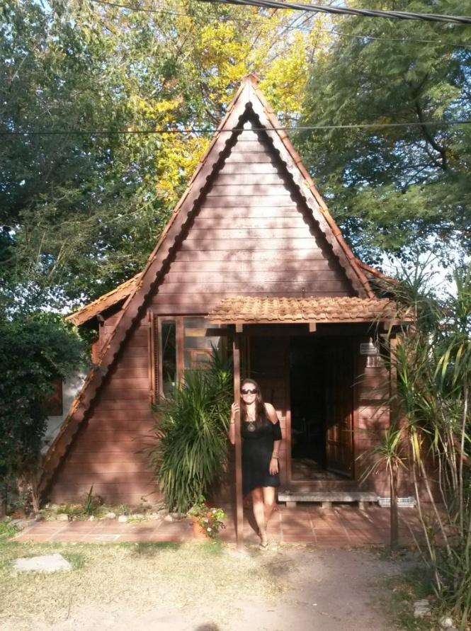 Na cabana onde morou com uma família uruguaia em Colonia do Sacramento - Uruguai!