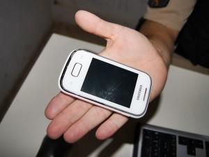 Furto-de-celular-Cgola-02